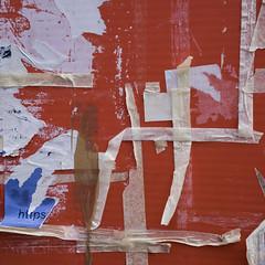 https (zeh.hah.es.) Tags: werbung advertisement ad zurich zürich zaun fence kreis5 langstrasse schweiz switzerland rot red weiss white blau blue text decay