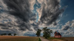 A cloud that will give us rain (ramerk_de) Tags: thunderstorm clouds rain regensburg ratisbone bayern bavaria lowerbavaria niederbayern hdr sky