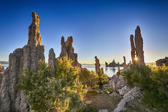 Mono Lake Tufas at Sunrise (rocinante11) Tags: monolake california unitedstates lake water rock tufas morning sunrise sunburst