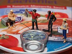 "Macro Mondays - Gone Fishing (J.Weyerhäuser) Tags: 187 h0 hmm macromondays preiser tinypeople ""gonefishing"""