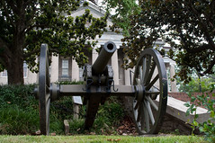 Cannon (stevesheriw) Tags: vicksburg mississippi civilwar warrencounty courthouse old 1861 greek revival architecture 68000029 nationalregisterofhistoricplaces nationalhistoriclandmark cannon