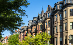 Commonwealth Avenue Rooflines (Eridony (Instagram: eridony_prime)) Tags: boston suffolkcounty massachusetts backbay house houses rowhouses townhouses townhomes
