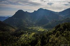 La vista (SantiMB.Photos) Tags: 2blog 2tumblr 2ig castelldelareny catllaràs berguedà otoño autumn mirador clusa viewpoint sobrepuny montañas mountains 500px geo:lat=4218534789 geo:lon=193303317 geotagged cataluna españa