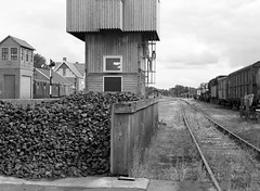coal and carriages (Ernst-Jan de Vries) Tags: