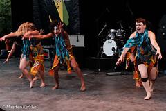 Afromix Chicks (award winning show) (5 van 6) (Maarten Kerkhof) Tags: afrobeatsinthepark fujifilmxe2x thehagueafricanfestival thehagueafricanfestival2019 zuiderparktheater xe2