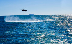 """Seahawk helicopter comes to a hover behind the amphibious assault ship USS Wasp during TS 19 (#PACOM) Tags: wasp lhd1 seahawk coralsea talismansabre talismansaber ts19 amphibious usindopacificcommand """"usindopacom"""
