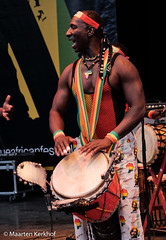 Oké Sène & Band (Senegal) (3 van 9) (Maarten Kerkhof) Tags: afrobeatsinthepark fujifilmxe2x okésèneband senegal thehagueafricanfestival thehagueafricanfestival2019 zuiderparktheater xe2