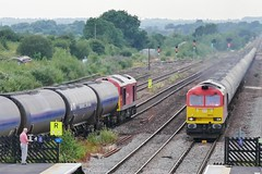 Twofers (JohnGreyTurner) Tags: br rail uk railway train transport diesel engine locomotive lincs lincolnshire 60 class60 tug ews db dbs dbc barnetby tanks freight goods