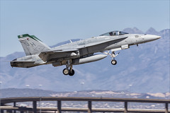 McDonnell Douglas FA-18C Hornet - 17 (NickJ 1972) Tags: phoenix mesa gateway airport 2019 aviation mcdonnelldouglas fa18 hornet usmc 164025 sh151