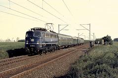DB 110 371 Köln-Roggendorf 17.05.1976 (Bernd Magiera) Tags: db br110 strecke2610 70er