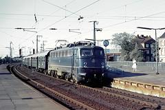 DB 110 374 Bf Hamburg-Harburg 25.05.1977 (Bernd Magiera) Tags: db br110 strecke2200 70er