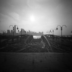 The rumble of the forgotten docks (Dikal) Tags: zeroimage2000 zeroimage zero2000 pinhole sténopé lensfree nofilter notrick mediumformat mf 120film 6x6 squareformat ilfordfp4 fp4 25asa rodinal homemade blackandwhite bw nb noiretblanc usa newyork roadtrip dikal 2018