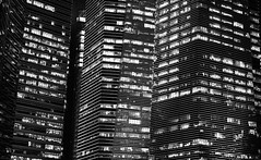 City Lights | Singapore (Paul Tocatlian | Happy Planet) Tags: city citylights cityscape singapore blackwhite blackwhitephotography night nightphotography happyplanet asiafavorites