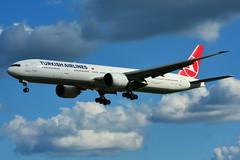 TC-JJZ (Turkish Airlines) (Steelhead 2010) Tags: boeing b777 b777300er yyz tcreg tcjjz turkishairlines