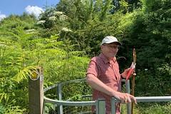 16 yep, this way (Margaret Stranks) Tags: winchcombearea gloucestershire