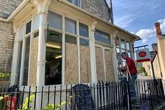 01 Coln Stores break-in (Margaret Stranks) Tags: gloucestershire colnstaldwyns breakin robbery