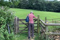 14 another gate (Margaret Stranks) Tags: winchcombearea gloucestershire