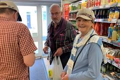 02 Richard & Jackie in Winchcombe (Margaret Stranks) Tags: winchcombearea gloucestershire