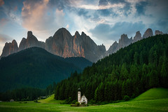 The most famous church in the Dolomites (www.Royz.nl) Tags: dolomites italy val di funes valdifunes san giovanni church valley mountains mountain sunset