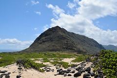 Ka'ena Point state park (heartinhawaii) Tags: kaena kaenapoint waianaemountains westernmostpointonoahu coast pacificocean landscape oahu westoahu hike hiking kaenapointnaturereserve hawaii nikond3300 mountain