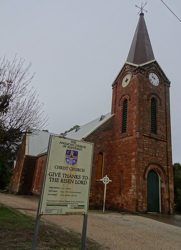 Kapunda. Architect Edmund Wright desigined this fine sandstone Anglican church in 1856. It was completed with a spire and clock. Kapunda is a copper mining town established in 1844.