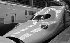Undulation (odeleapple) Tags: leica llla canon 50mm yellowfilter kodaktmax100 film monochrome analog bw undulation shinkansen train