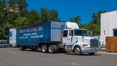Volvo WIA (NoVa Truck & Transport Photos) Tags: moving truck bedbugger hhg home household goods volvo wia atlas van lines paxton springfield va
