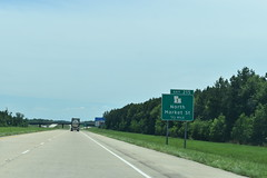 Shreveport, LA- I-49 (jerseyman65) Tags: louisiana freeways roads routes travel 2019texastrip texas2019trip 2019 2019texasroadtrip interstates laroads laroutes lahighways la shreveport expressways exits interchanges signs guidesigns ramps highways roadscenes
