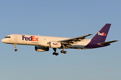 MAL B752 (djrxxs) Tags: cyycyyccalgary morningstar boeingb757200 fedex federalexpress