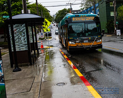 Incoming New Flyer Industries XDE60 of King County Metro in the Rain (AvgeekJoe) Tags: 1835mmf18dchsm d7500 dslr kingcounty kingcountymetro newflyerindustriesxde60 newflyerxde60lf nikon nikond7500 seattle sigma1835mmf18 sigma1835mmf18dchsmart sigma1835mmf18dchsmartfornikon sigmaartlens washington washingtonstate xde60 xde60lf bus publictransit publictransportation newflyerxde60 newflyerxcelsior newflyerbus