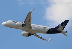 D-AINU - LHR (B747GAL) Tags: lufthansa airbus a320271n lhr heathrow egll dainu