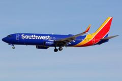 Southwest Airlines | Boeing 737-800 | N8698B | Las Vegas McCarran (Dennis HKG) Tags: aircraft airplane airport plane planespotting canon 7d 100400 lasvegas mccarran klas las southwest southwestairlines swa wn boeing 737 737800 boeing737 boeing737800 n8698b