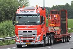 Volvo FH4 globetrotter from Peinemann Holland. (capelleaandenijssel) Tags: 76bhz4 truck trailer lorry camion lkw heavy haulage convoi exceptionnel netherlands