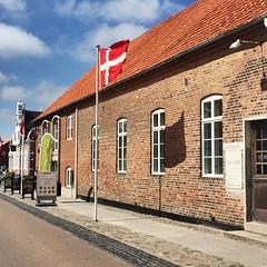 Ringkøbing (Frau D. aus D.) Tags: vacacion urlaub citywalk klinker bricks vej street strase ringkøbing denmark dänemark
