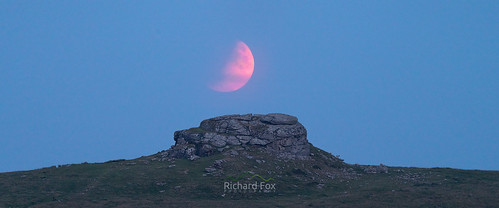 Partial Lunar Eclipse @ Kestor Rock