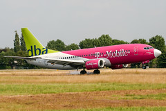 D-ADIC (PlanePixNase) Tags: hamburg ham eddh fuhlsbüttel airport aircraft planespotting dba deutscheba boeing 737 737300 b733 tmobile