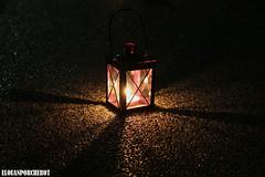 Lanterne (Elouan Astrowild) Tags: lanterne nuit lumière bougie chemin