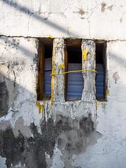 YellowLink.jpg (Klaus Ressmann) Tags: omd em1 abstract china facade gulangyu klausressmann winter xiamen decay design flcabsoth minimal omdem1