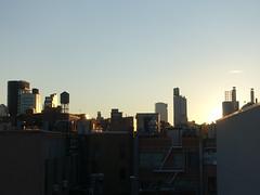201906171 New York City Lower East Side and Bowery (taigatrommelchen) Tags: 20190626 usa ny newyork newyorkcity nyc manhattan bowery lowereastside sky sun sunset icon city skyline building