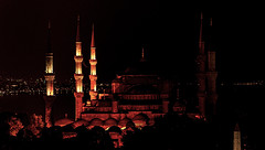 Sultanahmet (○gus○) Tags: nikond750 850mm ƒ14 180 istanbul turkey sultanahmet sultanahmedmosque mosque bluemosque iznik ʂ