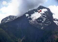 2019 07 17 La Muzelle (phalgi) Tags: snow france sport montagne alpes pierre rhône glacier meteo parapente lesdeuxalpes les2alpes massif muzelle alpski ciel neige nuage canicule venosc climat vénéon
