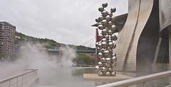 Futuristisch / Futuristc # 25 (schreibtnix on'n off) Tags: reisen travelling europa europe spanien spain bilbao gebäude building guggenheimmuseum frankogehry futuristisch futuristc kunst art dampf steam olympuse5 schreibtnix
