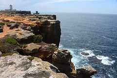 lighthouse-cliffs-4045 (Pixel Peasant) Tags: peniche portugal