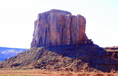 Elephant Butte - Monument Valley Triabl Park, Northern Arizona (danjdavis) Tags: elephantbutte rockformation monumentvalley monumentvalleytribalpark arizona