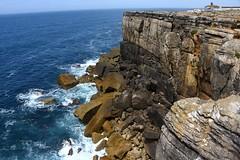 cliff-rubble-4057 (Pixel Peasant) Tags: peniche portugal
