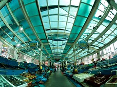 Fish Market in Donghae (somazeon) Tags: fish market fisheye samyang 75mm
