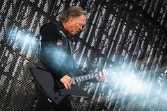 Metallica in Trondheim (3) (TAKleven) Tags: fujifilmxe2 fujifilmfujinonxf55200f3548rlmois metallica band music musikk live gig granåsen trondheim norway norge trøndelag musician performer performance famousband