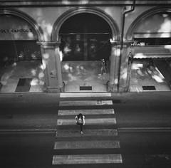 Bologna_2019_12 (Christian Poulton) Tags: film ilfordfp4plus italy bologna street bw 6x6 rolleiflex mediumformat