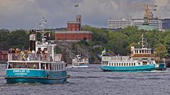 The commuter boats Emelie II & Emelie in Stockholm, in between them is the commuter boat Kung Ring (Franz Airiman) Tags: båt boat ship fartyg stockholm sweden scandinavia ressel resselrederiab rederiabballerina kastellholmen
