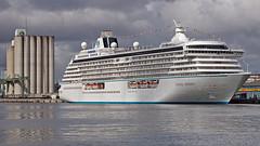 The cruise ship Crystal Serenity at the port of Frihamnen in Stockholm (Franz Airiman) Tags: båt boat ship fartyg stockholm sweden scandinavia